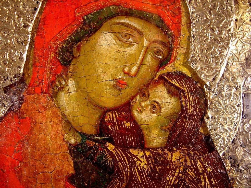 Святая Праведная Анна, матерь Пресвятой Богородицы, с Младенцем Марией. Сербская икона XIV века. Из Троице-Сергиевой Лавры. Лики.