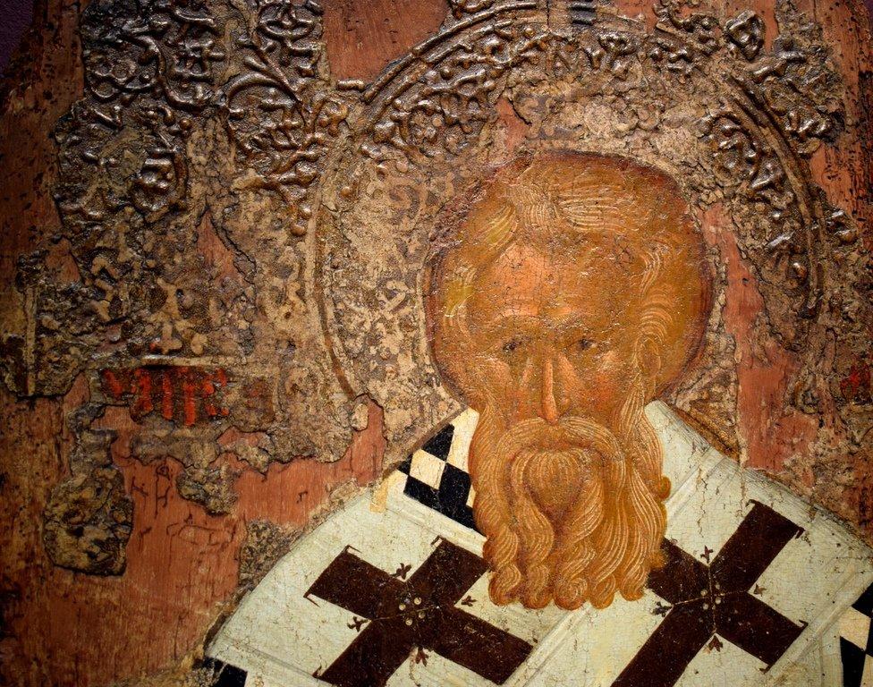 Святитель (Мефодий, Патриарх Константинопольский ?). Болгарская икона XIV века. Фрагмент.