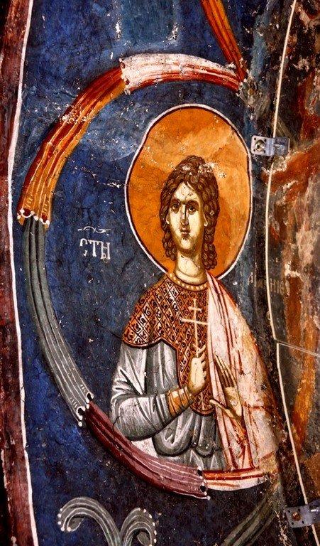 Святой Мученик Агапий, сын Святого Евстафия Плакиды. Фреска нартекса (притвора) монастыря Печская Патриархия, Косово, Сербия. XIV век.