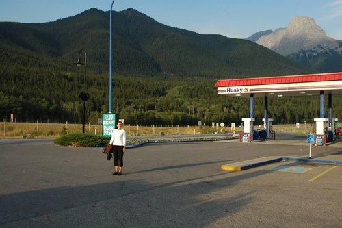По дорогам Скалистых гор Канады...