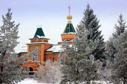 Здание личной резиденции митрополита Омского и Таврического Владимира.