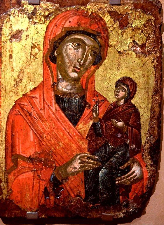 Святая Праведная Анна, матерь Пресвятой Богородицы, с Младенцем Марией. Греческая икона XVI века. Византийский музей в Салониках, Греция.