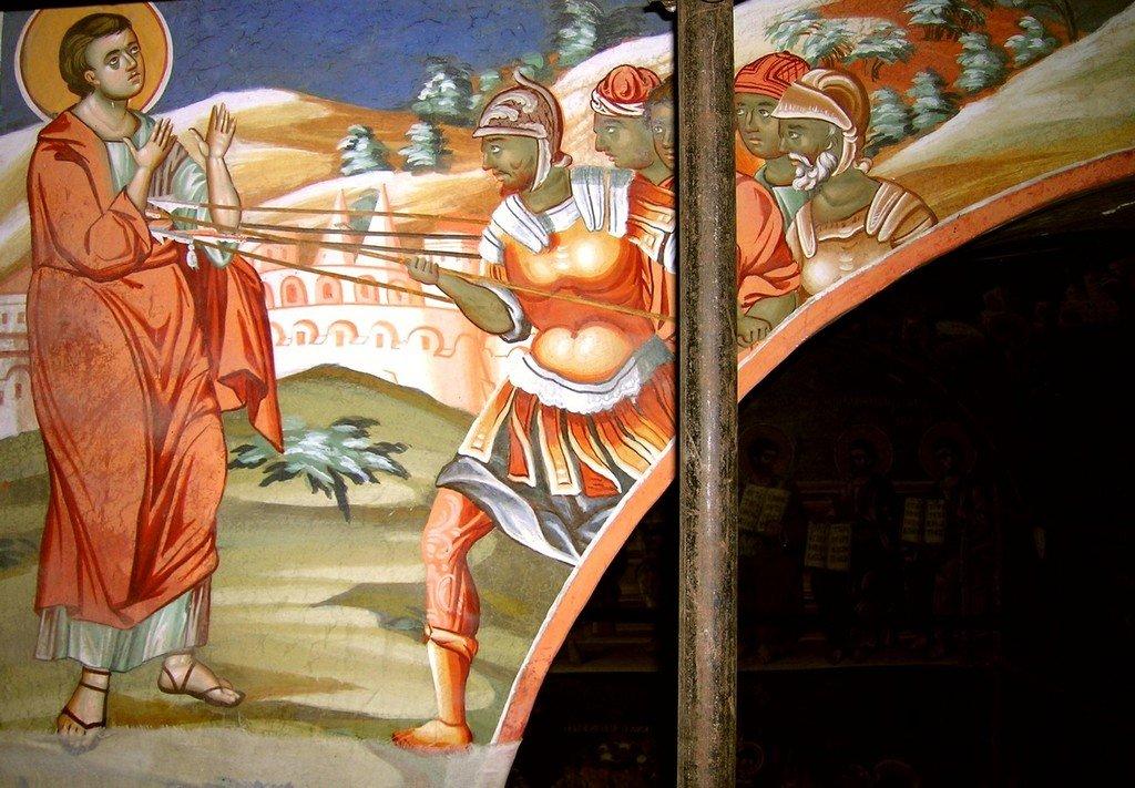 Мученичество Святого Апостола Фомы. Фреска монастыря Ватопед на Афоне.