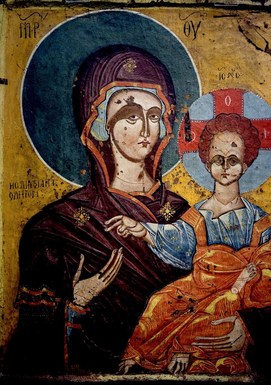"""Икона Божией Матери """"Одигитрия"""". Греция, XV век. Византийский музей в Кастории."""