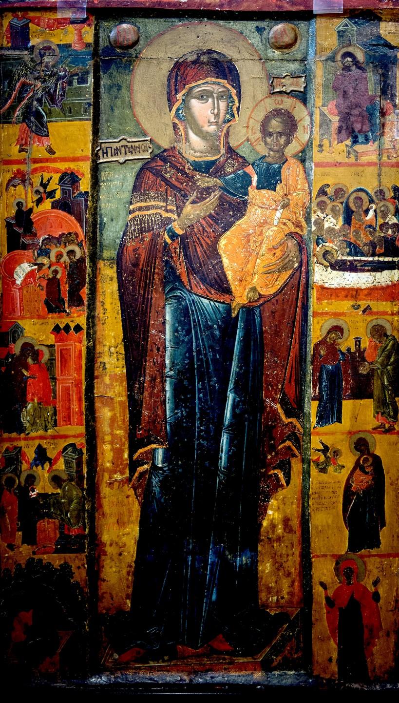 """Икона Божией Матери """"Одигитрия"""" (с эпитетом """"Пантанасса"""" - """"Всецарица"""" на фоне). Греция, XVI век. Византийский музей в Кастории."""