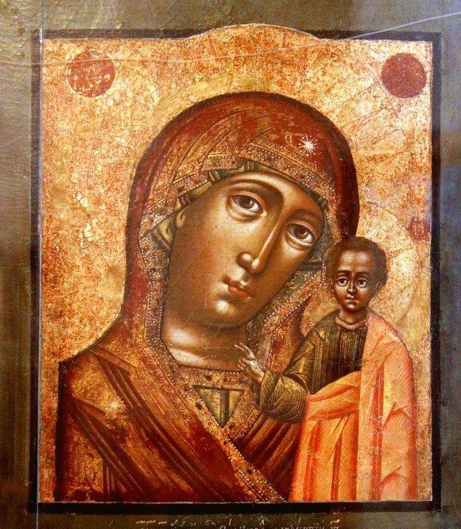 Казанская икона Божией Матери. 1717 год. Иконописец Лаврентий Туфанов.