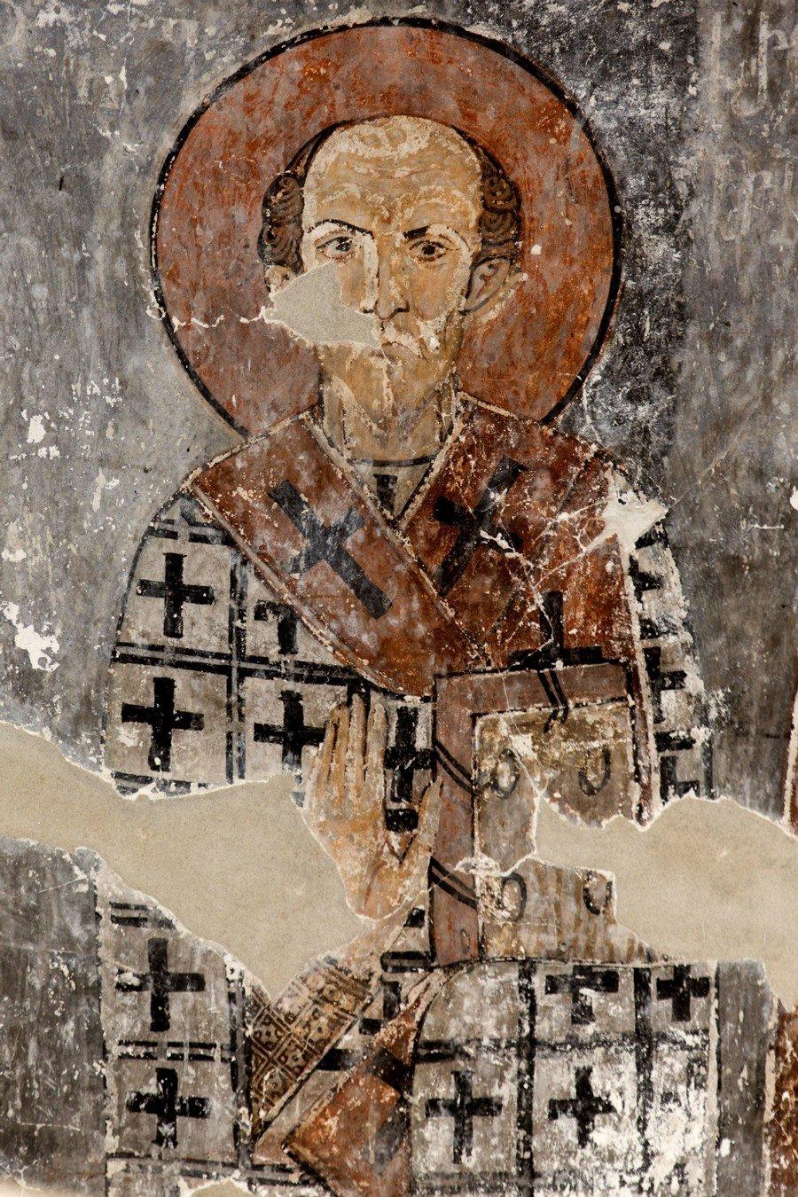 Святитель Иоанн Златоуст. Фреска церкви Архангелов Михаила и Гавриила в Земо Крихи, Грузия.