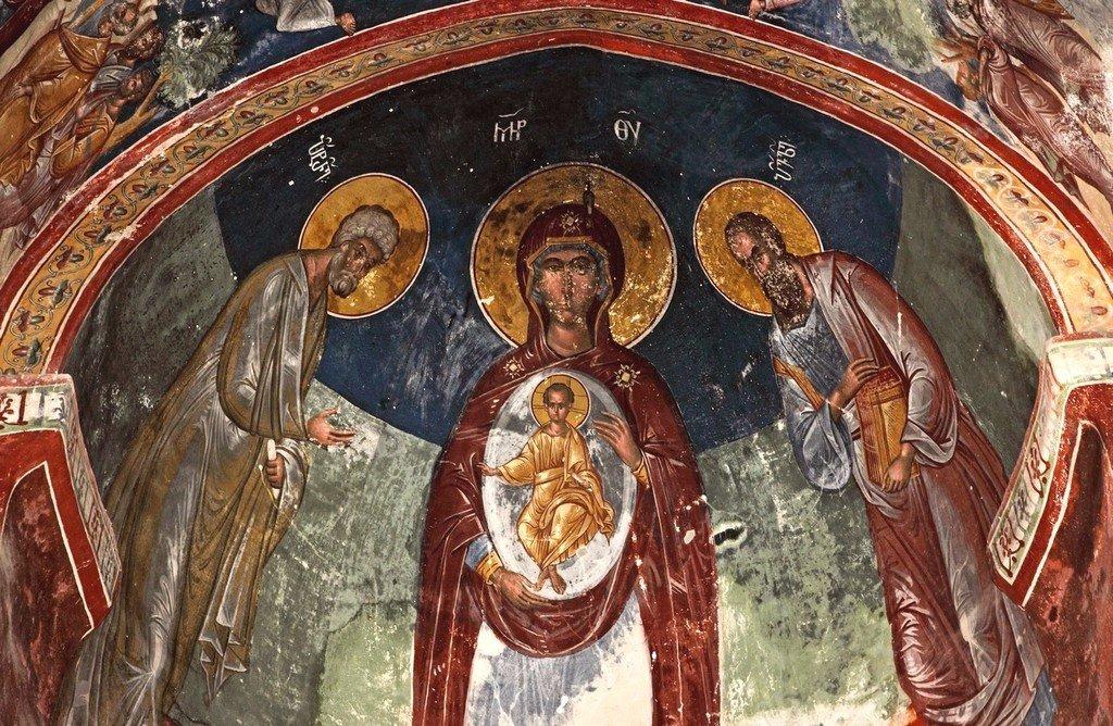 Пресвятая Богородица с Младенцем и предстоящими Апостолами Петром и Павлом. Фреска церкви Святого Георгия в монастыре Гелати, Грузия.