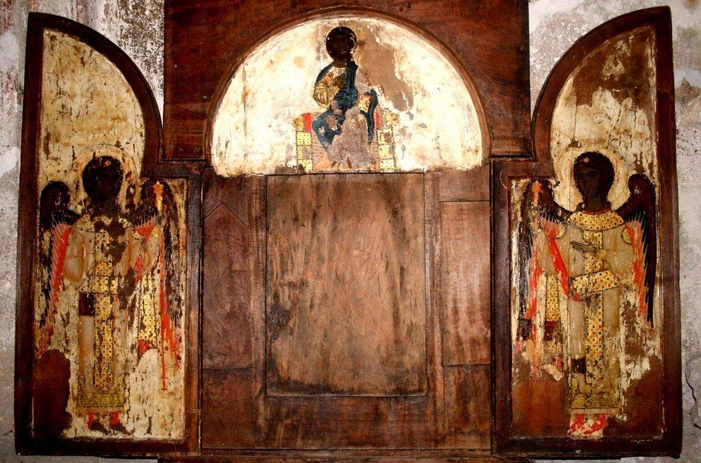 Складень с изображением Господа Иисуса Христа и Архангелов. Церковь Пророка Ионы в Енаши, Сванетия, Грузия.