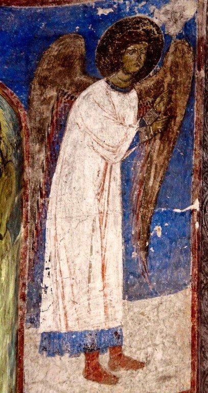 Ангел-диакон. Фреска церкви Святого Николая в монастыре Кинцвиси, Грузия. Начало XIII века.