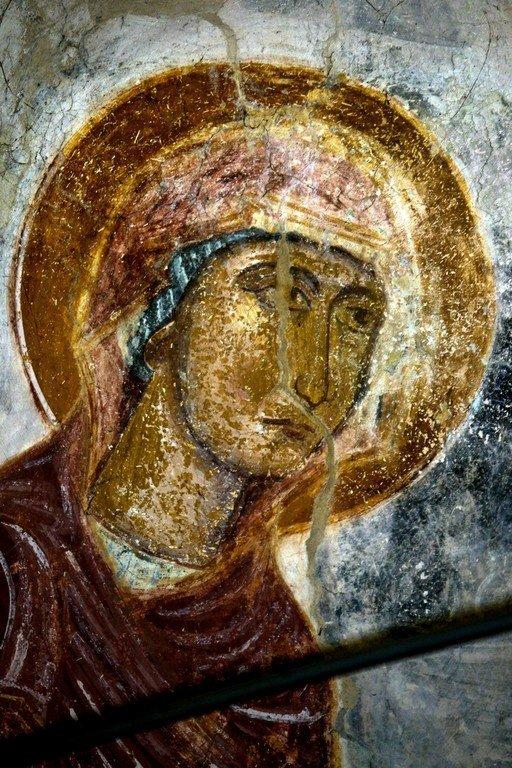 Деисис. Фреска церкви Распятия Господня в Сори, Грузия. Начало XIV века. Фрагмент. Лик Пресвятой Богородицы.