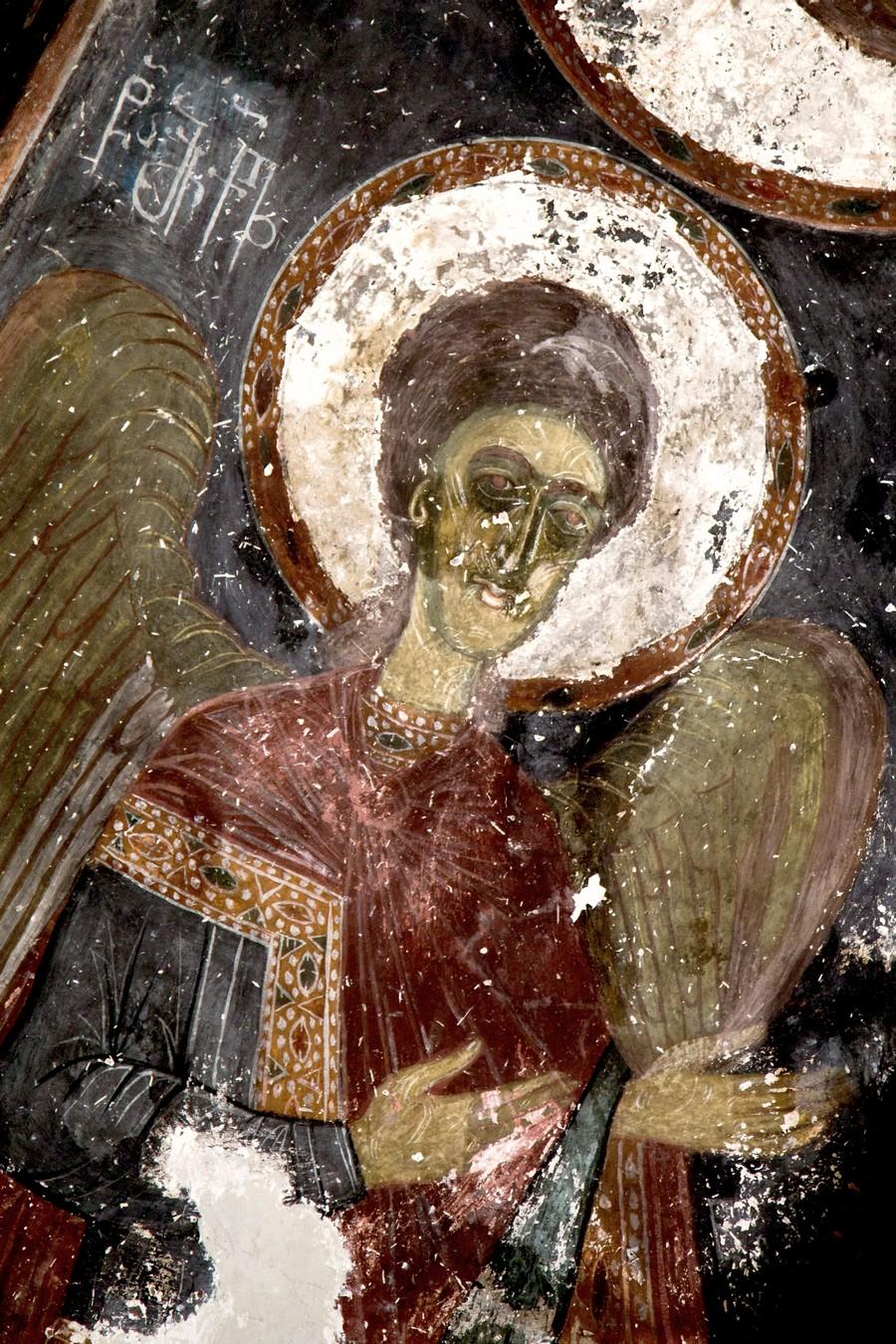 Архангел Михаил. Фреска церкви Архангелов (Тарингзел) в Латали, Сванетия, Грузия. XIV век.