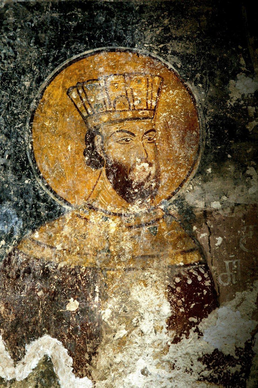 Ктиторский портрет царя Давида VI Нарина. Фреска придела Святого Андрея собора Рождества Пресвятой Богородицы в монастыре Гелати, Грузия. Последняя четверть XIII века.