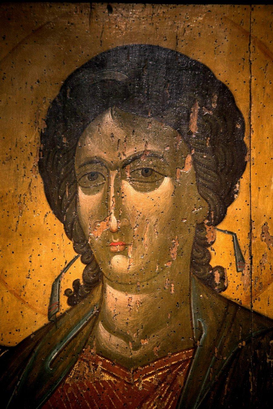 Архангел Гавриил. Икона из деисиса монастыря Убиса (Убиси). Грузия, XIV век. Фрагмент.