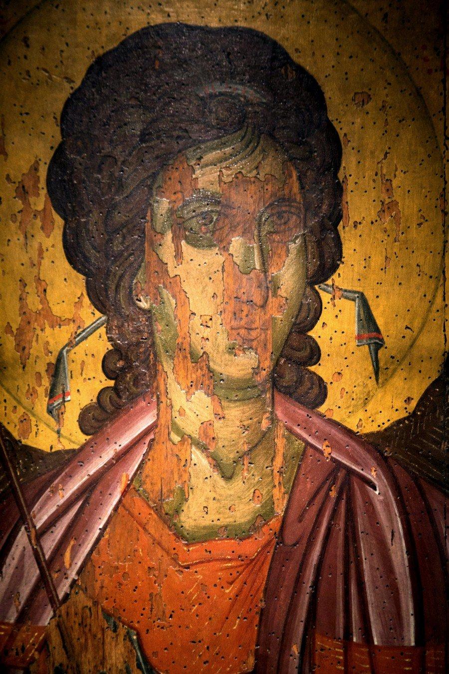 Архангел Михаил. Икона из деисиса монастыря Убиса (Убиси). Грузия, XIV век. Фрагмент.