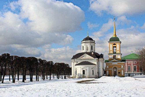 март в Кусково