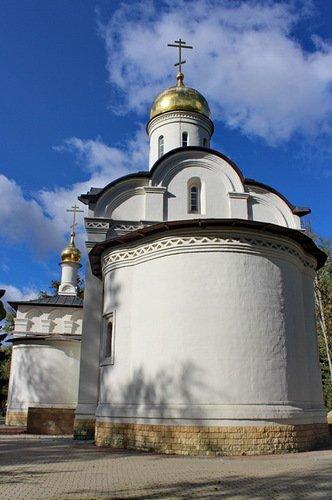 Церковь Новомучеников и Исповедников Российских в Коммунарке
