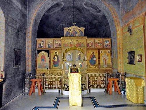 Иконостас Никольского придела церкви Иоанна Предтечи в Николо-Хованском