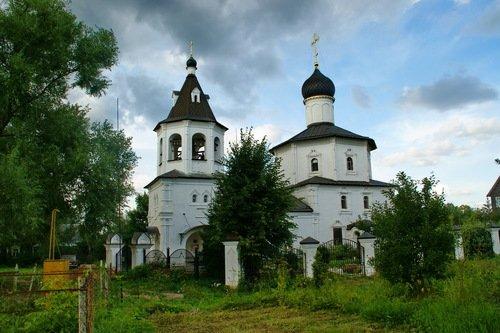 Церковь Михаила Архангела в Станиславле