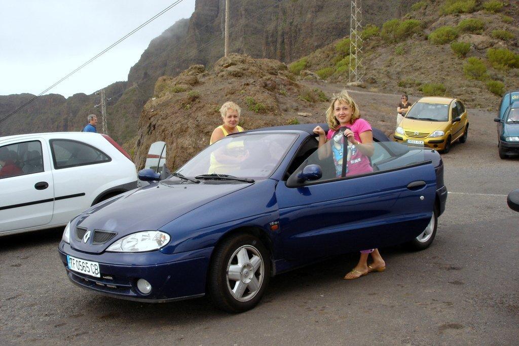 На кабриолете в горах острова Тенерифе
