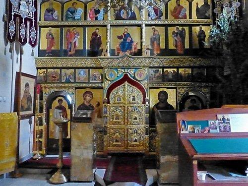 Церковь Илии Пророка в Пафнутьевом-Боровском монастыре. Иконостас.