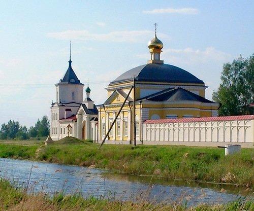 Введенская церковь в Троице-Сергиевом Варницком монастыре