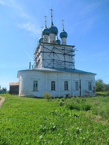 Церковь Николая Чудотворца в Угодичах