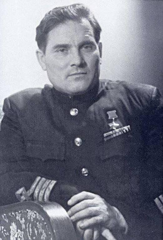 Михаил Петрович Девятаев.