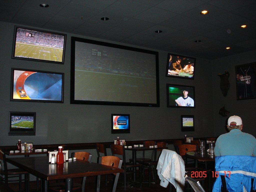 Спортивный бар в штате Вайоминг.