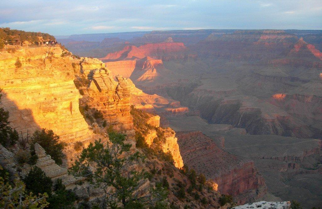 Рассветный Гранд-каньон