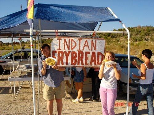 Лепёшки по 3 доллара за штуку от индейцев навахо