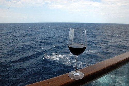 В бокале вина - штиль