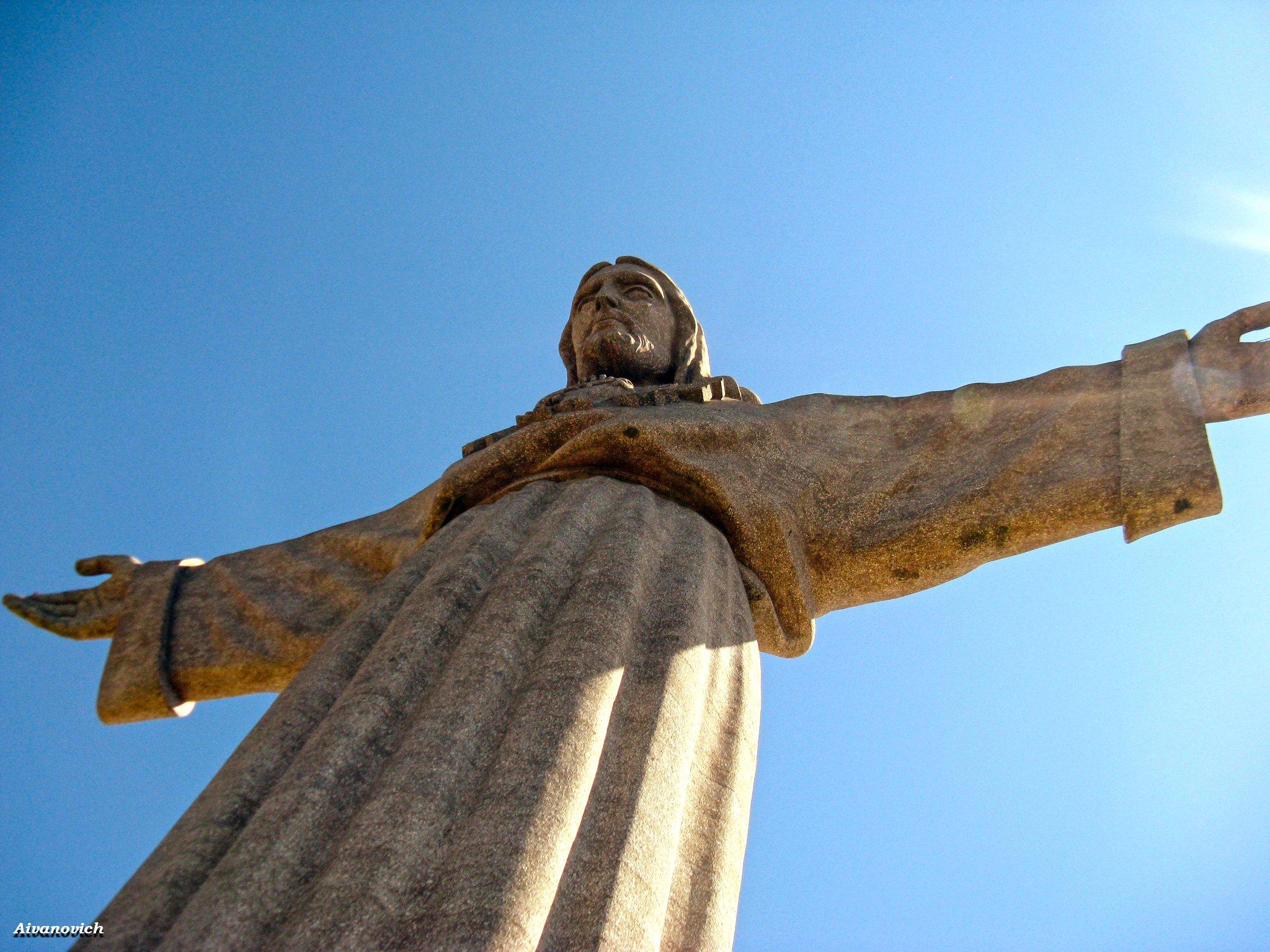что статуя христа церетели фото это, как мне