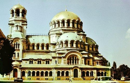 Храм в Софии