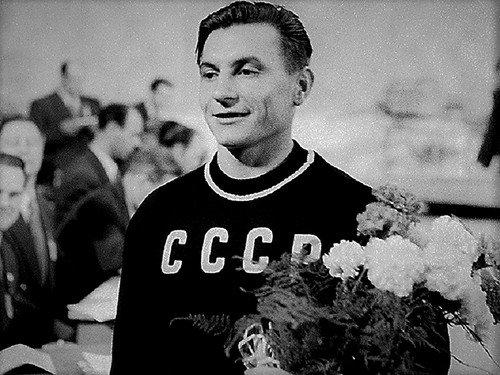 Первый олимпийский чемпион СССР среди тяжелоатлетов.