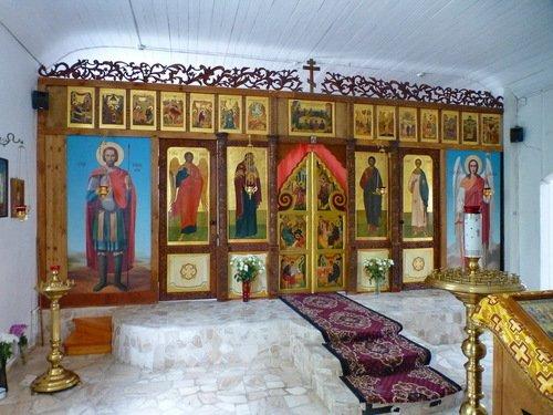Церковь Сергия Радонежского в Бибирево. Придельный иконостас