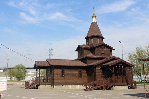 Церковь Жен Мироносиц в Ярославском
