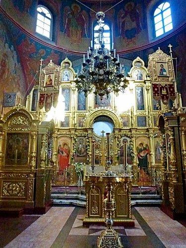 Церковь Зосимы и Савватия Соловецких в Гольяново. Интерьер.