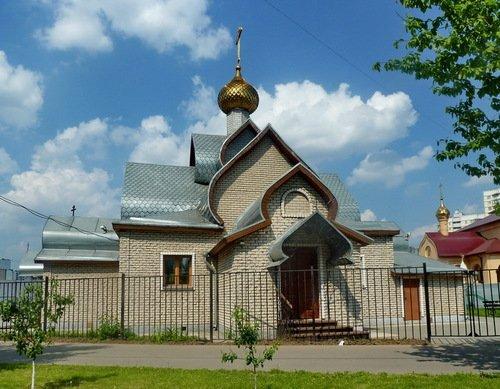 Церковь Троицы Живоначальной в Братеево