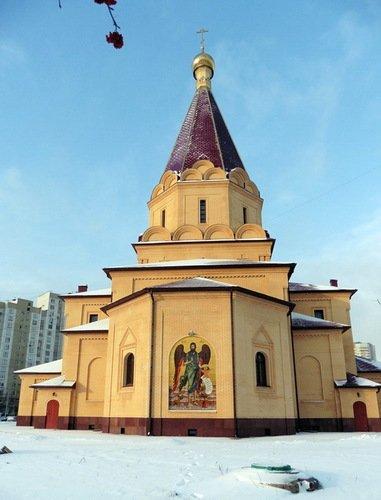 Церковь Усекновения Главы Иоанна Предтечи в Братеево