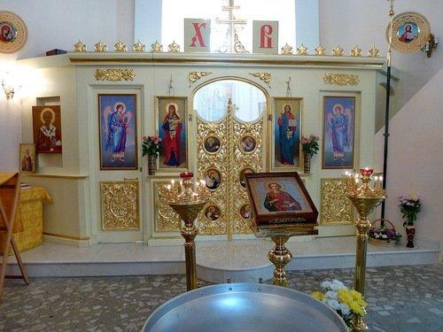 Интерьер церкви Всех Святых Львов в Тёплом Стане