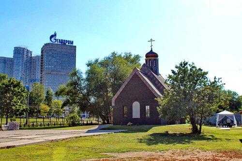 Тропарево. Церковь Петра и Павла.