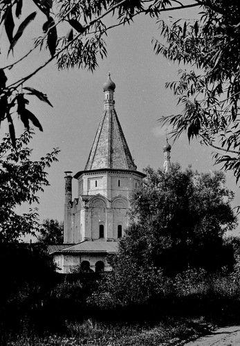 Церковь Троицы в Троицко-Голенищево. 1978 год.