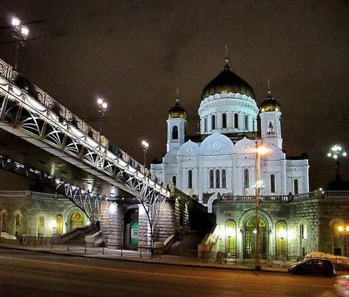 Собор Рождества Христова и Патриарший мостик