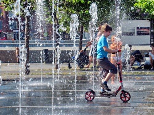 Прогулка по фонтану