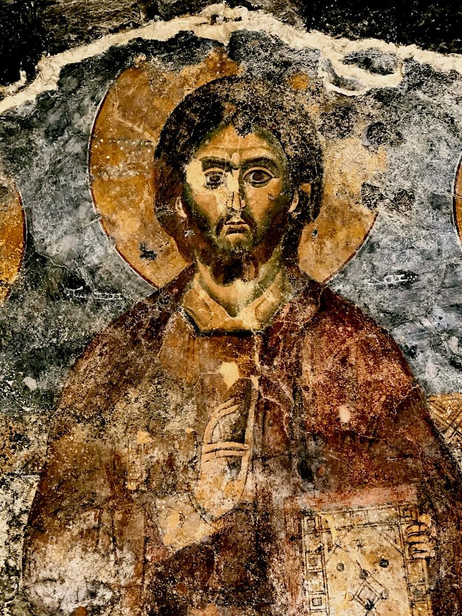 Христос Пантократор. Фреска церкви Пресвятой Богородицы в Кфархельде, Ливан. XIII век (?).