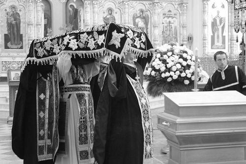 Василий Никифоров–Волгин. Канун Пасхи.