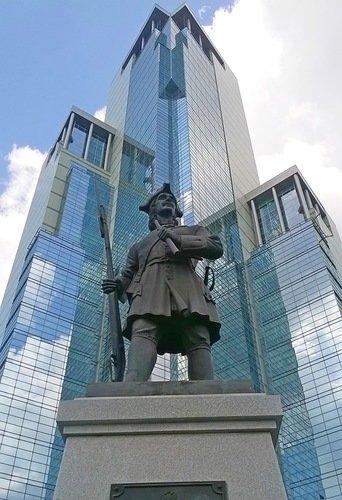Памятник гвардейцу Семёновского полка