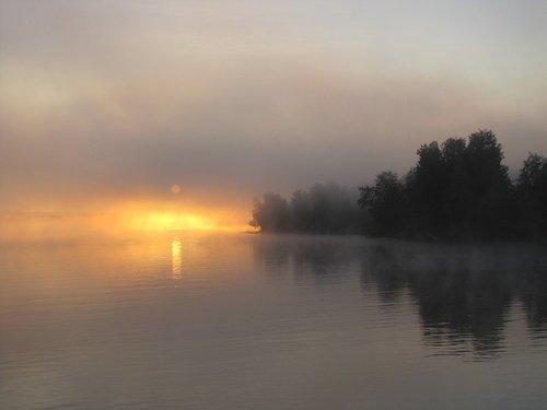 Рассвет на реке Свирь