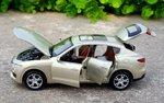 Машинка Maserati Levante - открывается всё - в магазине PapaRulit